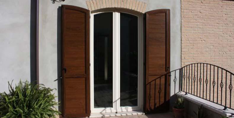 Infissi bologna serramenti in legno porte e finestre pvc vetro alluminio infissi di sicurezza - Porte finestre bologna ...